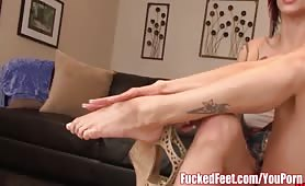 <p>Red Head Anna Bell Peaks Gives Footjob at Fucked Feet Scene to Amazing!</p>