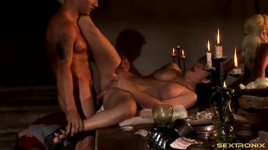 <p>Erotic Wifes: Medieval orgy features double penetration Activity</p>