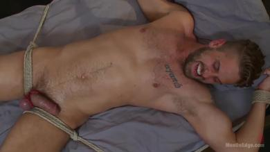<p>Sexy hunk Wesley Woods tied up and blown strong in bondage</p>