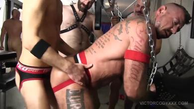 <p>Victor Cody XXX- Gay BDSM hunks enjoys hardcore Orgy in Pig Week</p>