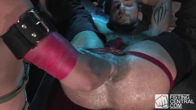 <p>Kain Warn and Rj Danvers featured in gay BDSM video with rear fisting</p>