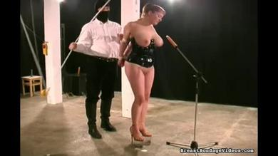 Leading her to suck a dildo and watching