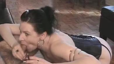 Smoking brunette slut Mina gets fucked