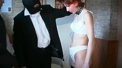 <p>Mature Lady Gets Down To Her Undies</p>