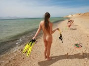 <p>Sunny Nudist Beach Women</p>