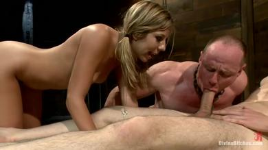 <p>Chastity Lynn, Wolf Hudson and Also Big Red from the game</p>
