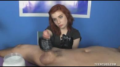 <p>Teenager in leather gloves Provides a tugjob</p>
