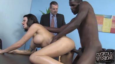 Juelz Ventura in an interracial cuckolding action