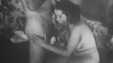 <p>Vintage Cuties presents member swallowing and humping between wife and husband</p>