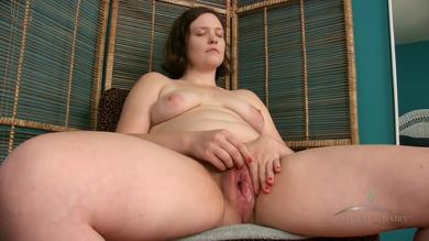 <p>Thick rear brunette milf masturbates her hairy twat in solo</p>