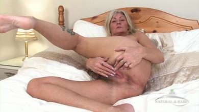 <p>Blond mature slut Ellen fingering her hairy wet vagina in solo</p>