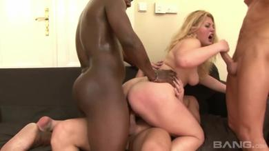 Horny white and black guys are fucking Lusty Sluts in Groupsex