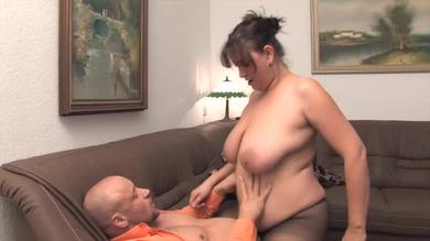 <p>Fat German slut rides member on the couch</p>