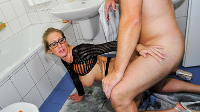 <p>Blond big titted German blonde gets boned meaty from the restroom</p>