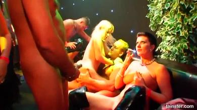 <p>Drunk Sex Orgy - Swinger fuck party in a nightclub</p>