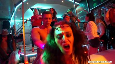 <p>Fuck partners are switched by swinging Pornstars during this sex orgy</p>